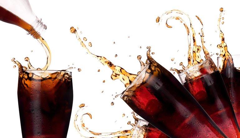 Resultado de imagem para mancha na pele causada por coca-cola