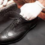 Como limpar e engraxar seus sapatos sem complicação