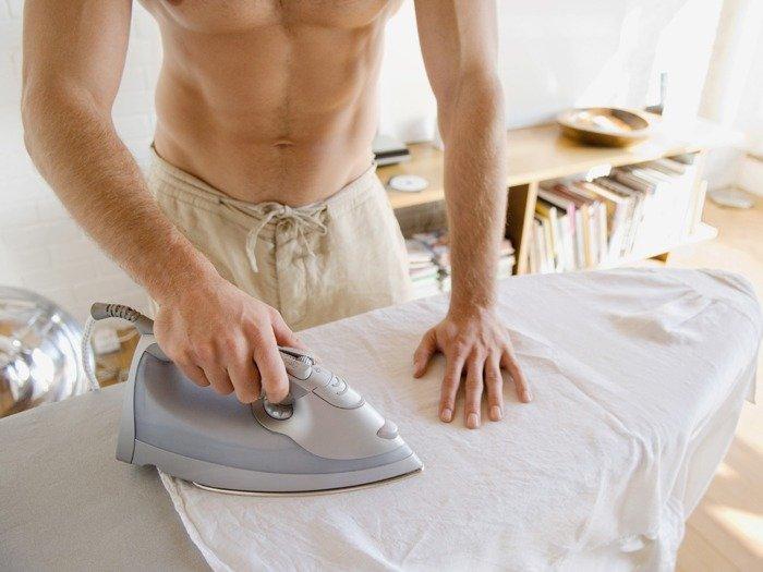 Como lavar roupa: novas dicas para ajudar os solteiros nessa batalha!