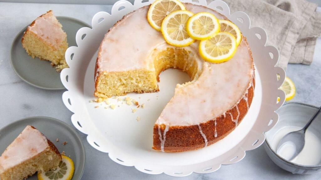 Aprenda como fazer um bolo de bolo! 7