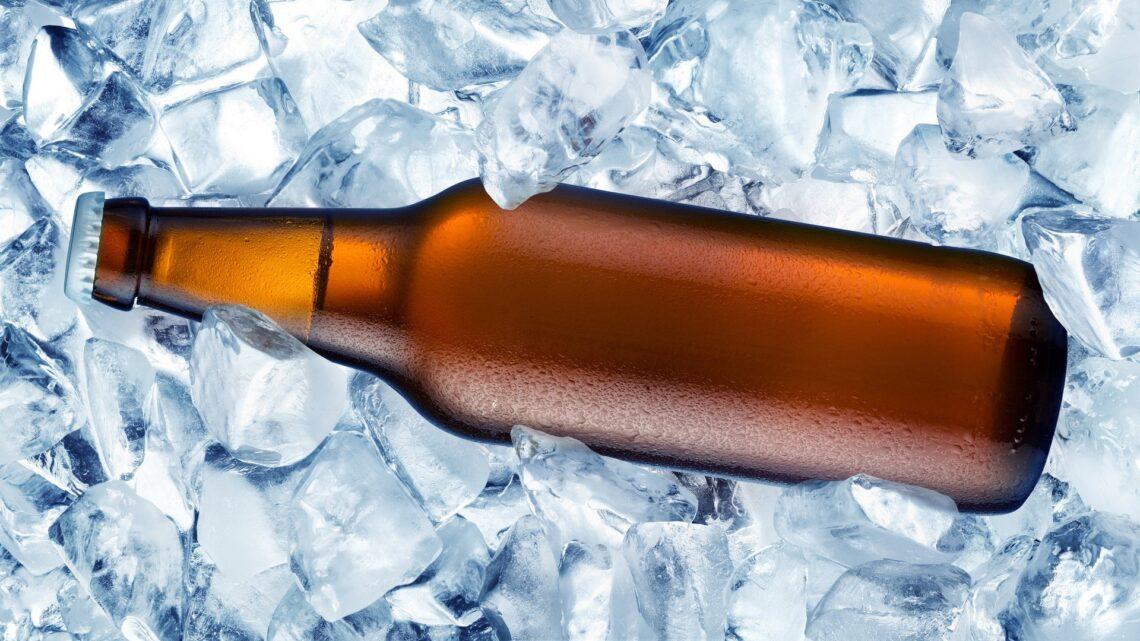 Como gelar a cerveja mais rápido