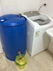 Reaproveitando água da lavadoura