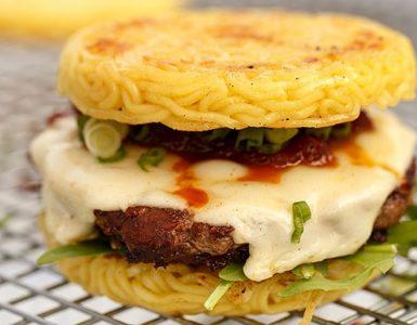 Hambúrguer de Miojo - receita
