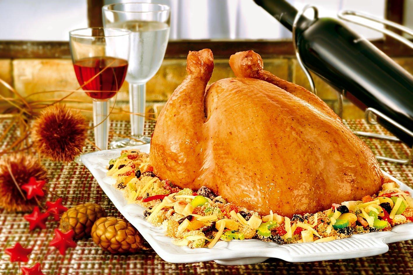 Receita de Natal: frango assado com farofa.