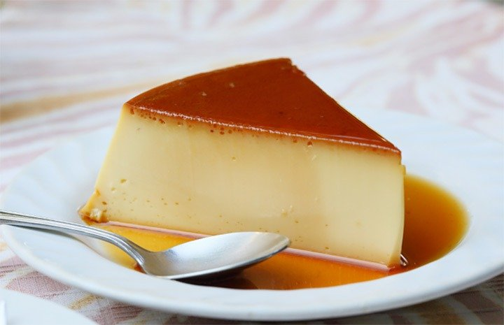 Receita fácil de pudim de gelatina (sem forno!)
