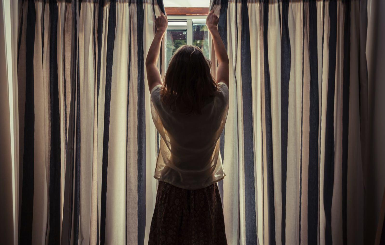Fechando portas e janelas ao sair
