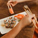 O sushi realmente pode te deixar inchado?