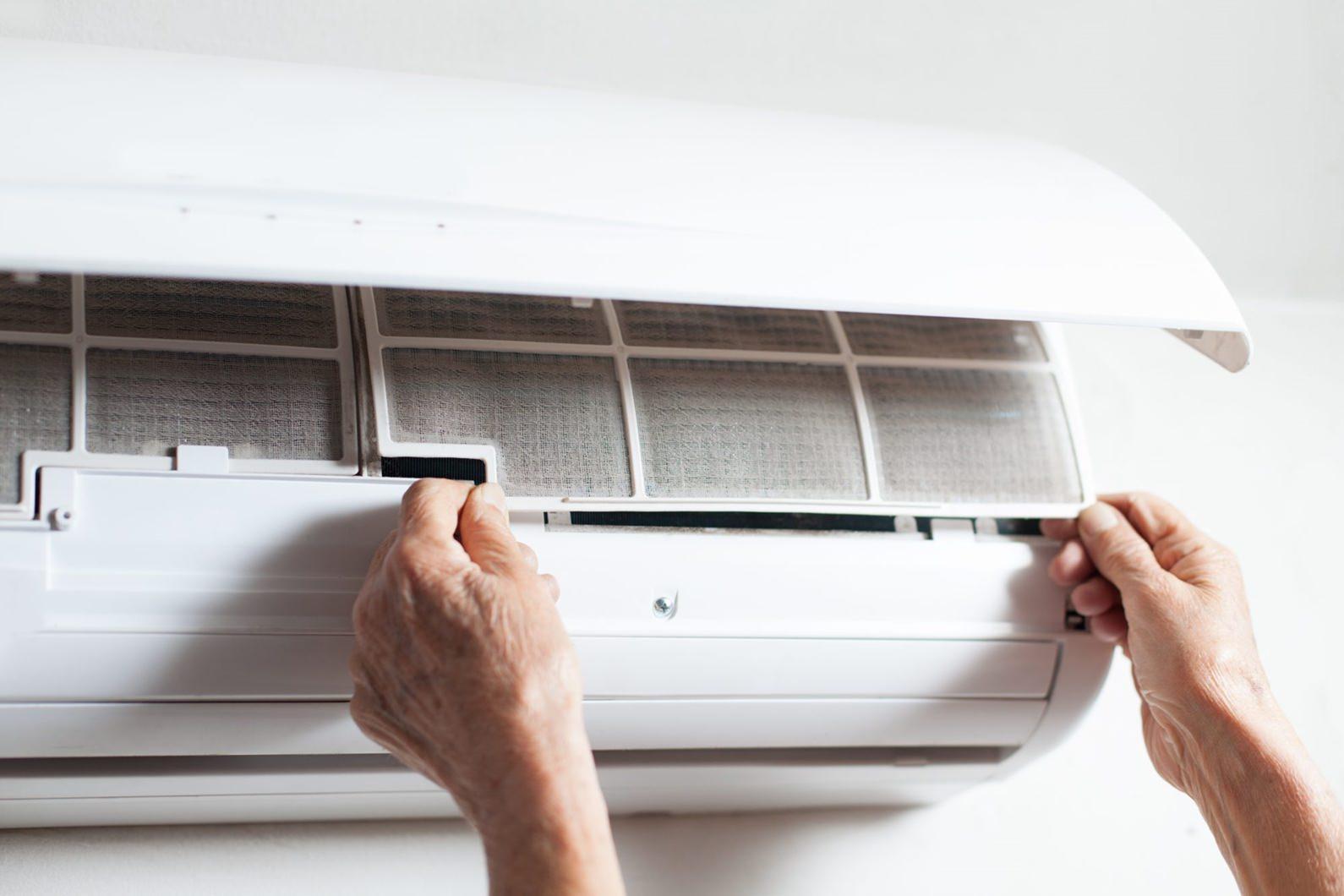 Limpando o ar condicionado