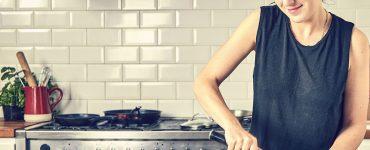 5 Truques de cozinha que vão facilitar a vida de quem mora sozinho