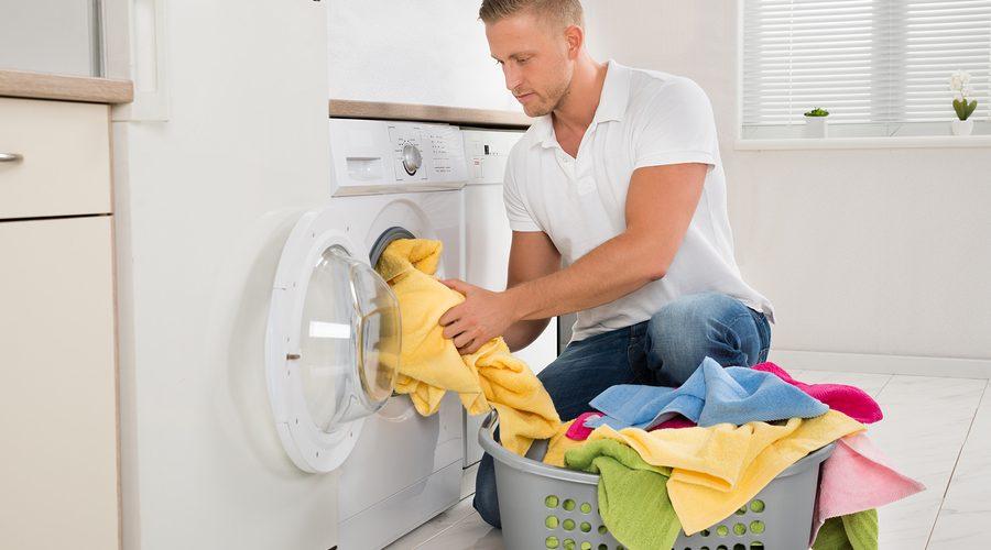 como lavar roupa na maquina corretamente