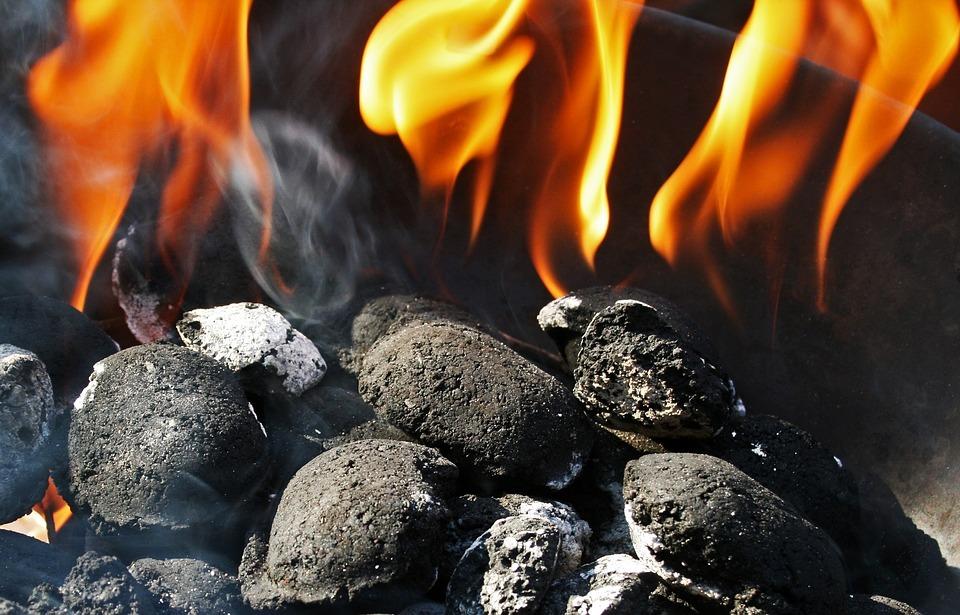 Compre carvão na medida correta