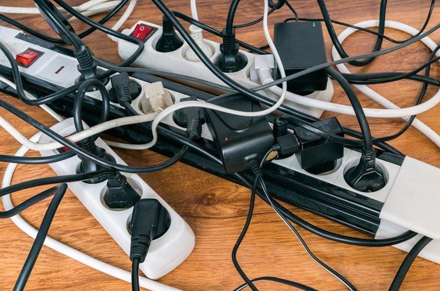 Como esconder fios e cabos