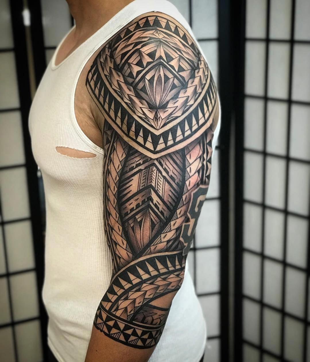 Tattoo Maori desenhada no braço