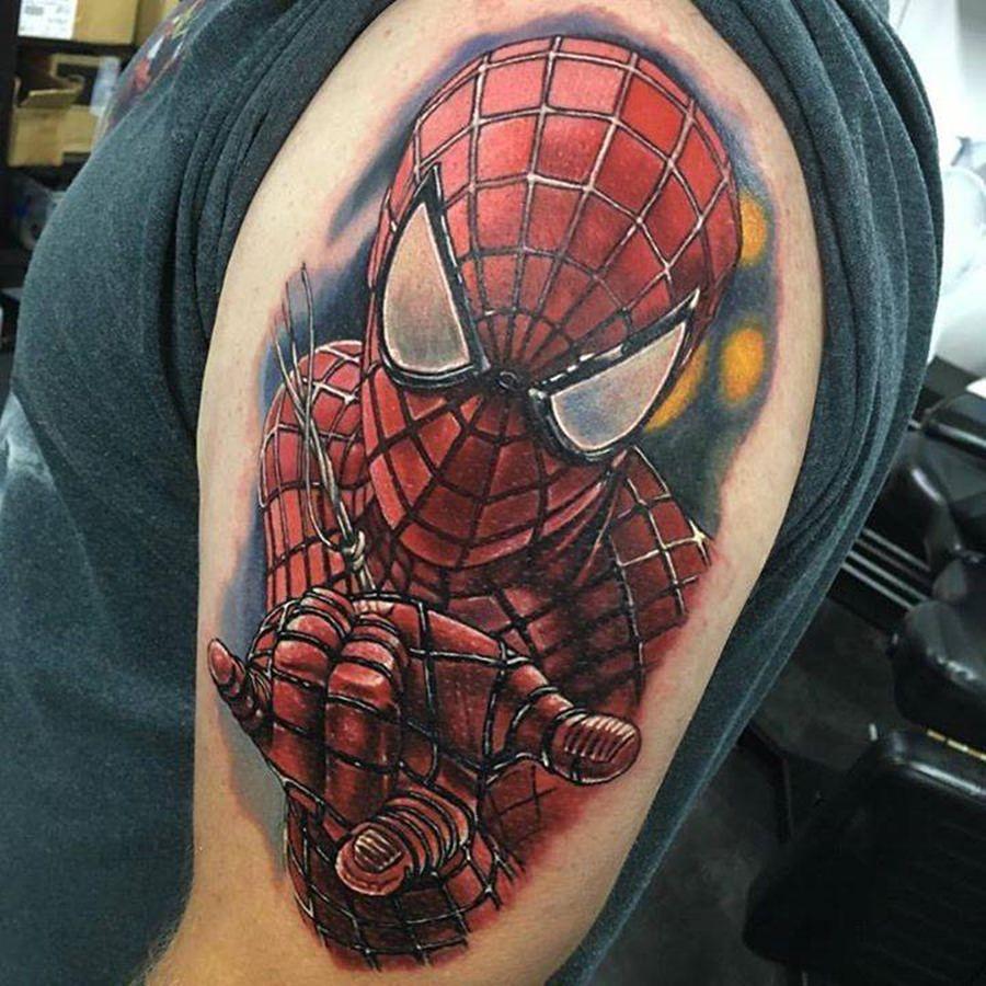 Tatuagem do Homem Aranha feita no braço