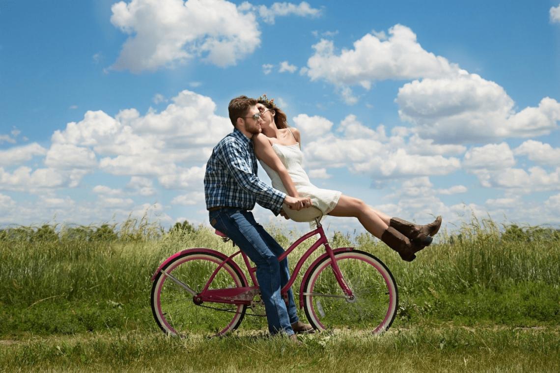 Pedalar faz bem para o relacionamento? Descubra agora!