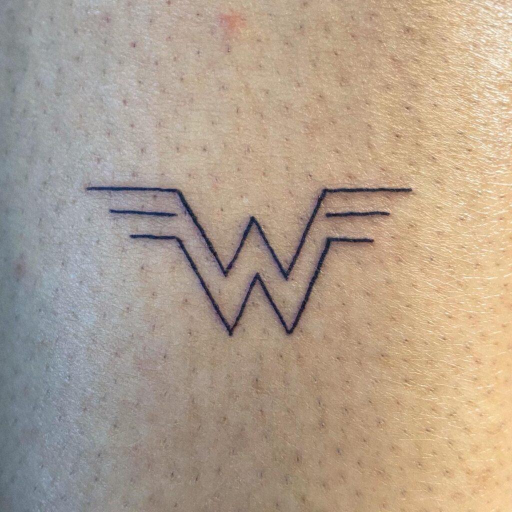Tatuagens femininas que toda mulher adoraria fazer 136